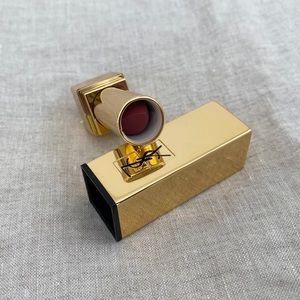 Sold ⛔️ YSL Rouge Pur Couture Lipstick #9